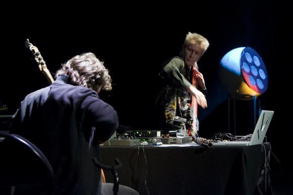 Presences Electronique Festivali 2011